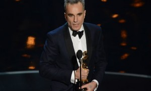 Best actor winner Daniel Day-Lewis accepts his award at the 2013 Oscars
